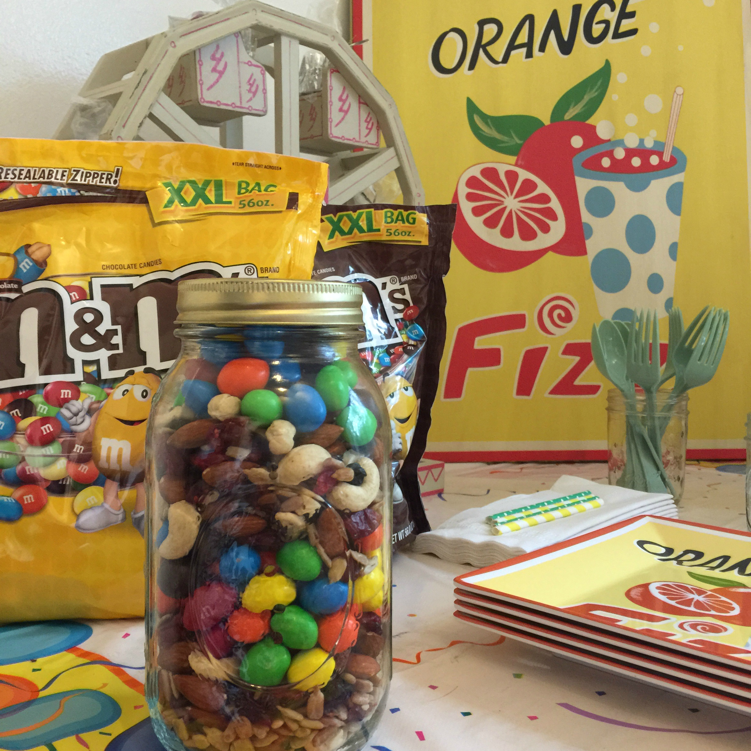Summertime Party Ideas For Sharing Funshine! | M&M's®
