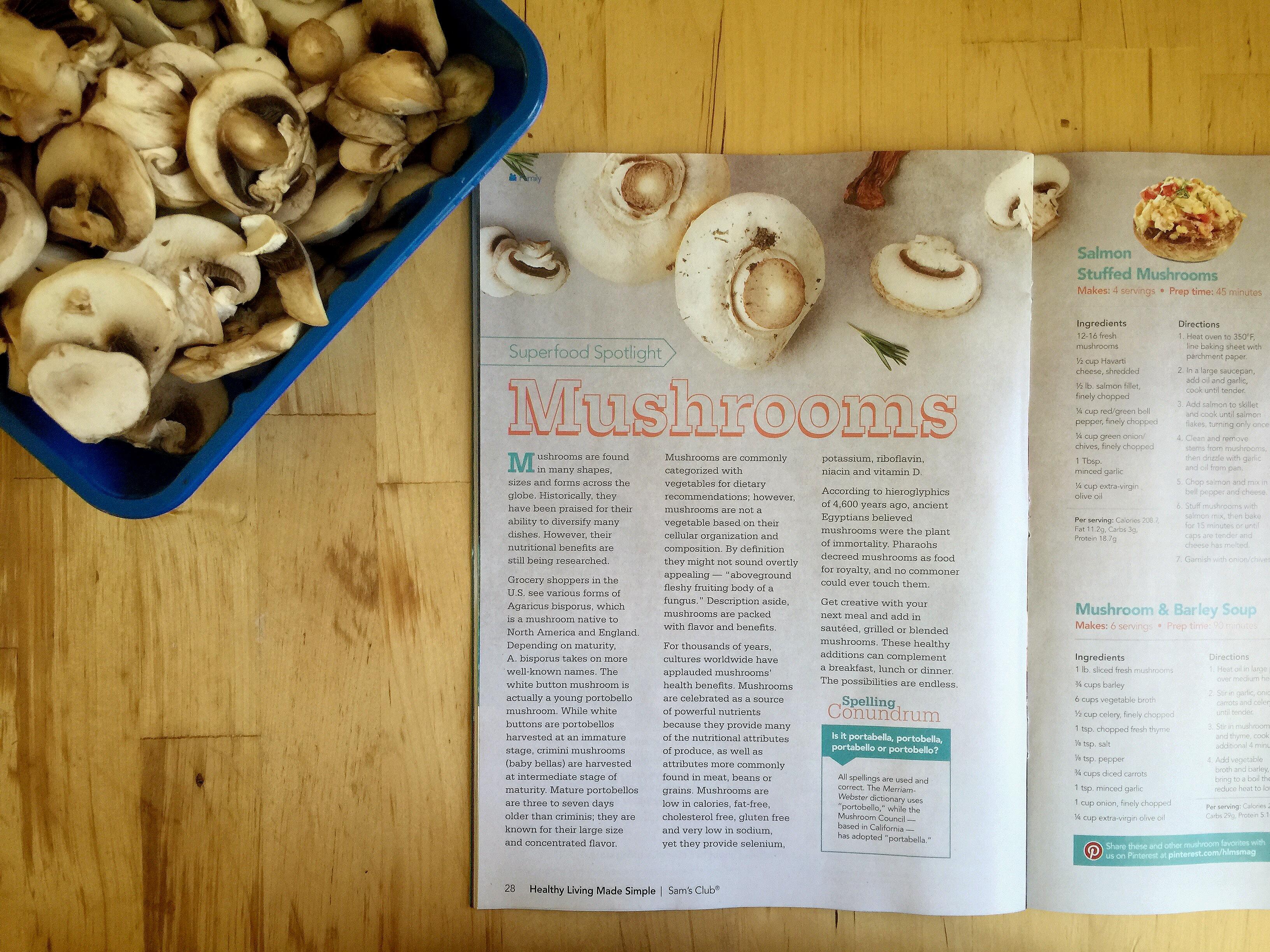 Simple Mushroom Gravy Recipe © www.roastedbeanz.com #SamsClubMag [AD] #CollectiveBias #shop