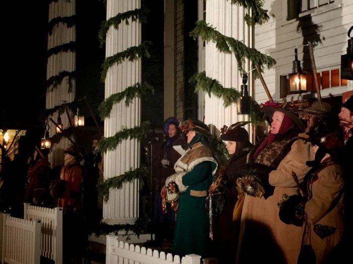 Celebrating Holiday Nights In Michigan © www.roastedbeanz.com #THFholidaynights #rbz [AD]