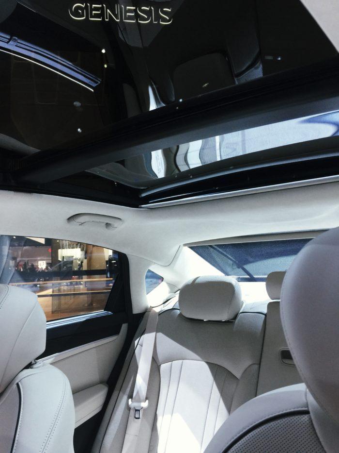 Genesis Luxury For The Family © www.roastedbeanz.com #DetroitLovesAutos #GenesisNAIAS [AD] #SheBuysCars