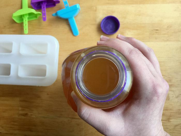 Healthy Hydration Parenting Hack © www.roastedbeanz.com [AD] #Welchs